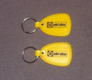 2-vintage-bombardier-ski-doo-yellow-plastic-keychains-snowmobile-1970-s_1411230